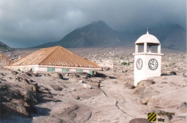 Montserrat Island VP2ME DX News