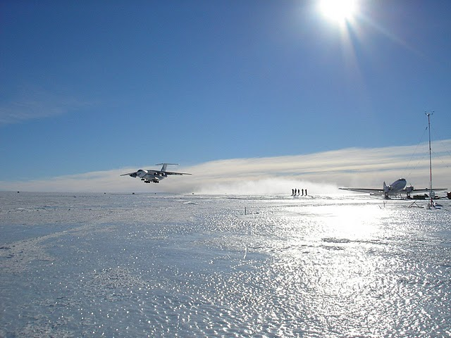 Novo Airbase Antarctica RI1ANR