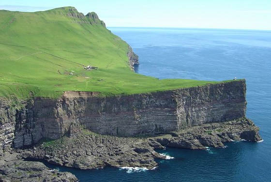 Faroe Islands OY6A DX News CQ WW CW 2009