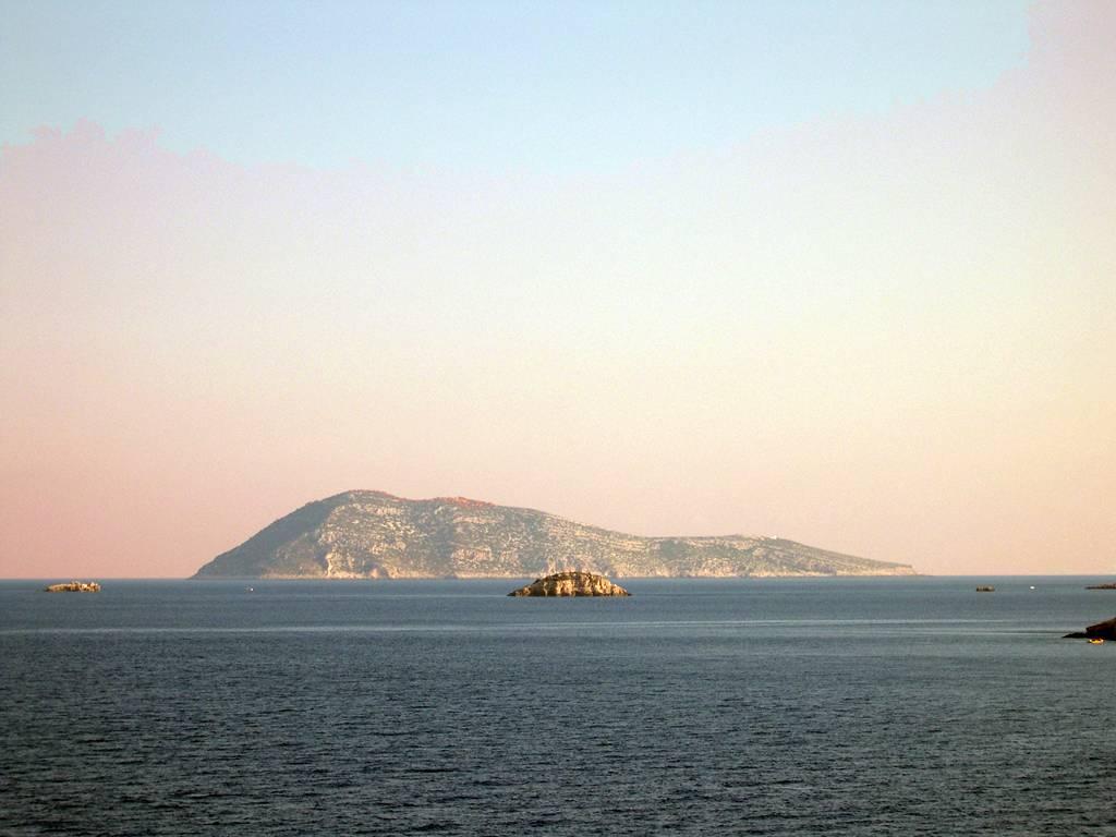 Othonoi Остров J48O