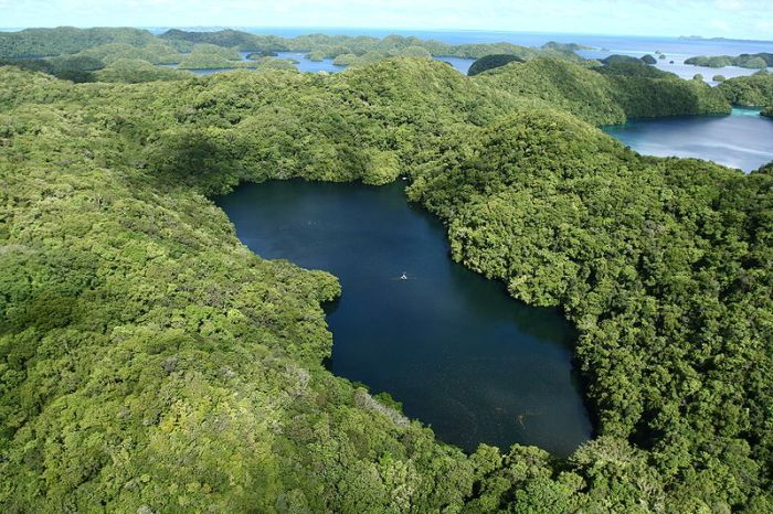 Палау T88ZD Туристические достопримечательности Остров Корор