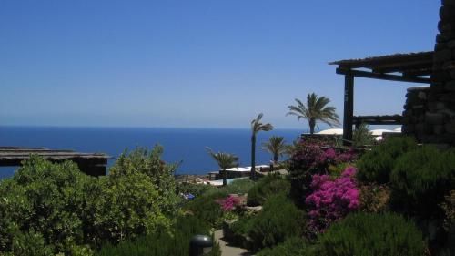 Pantelleria Island IH9/IZ5JMX