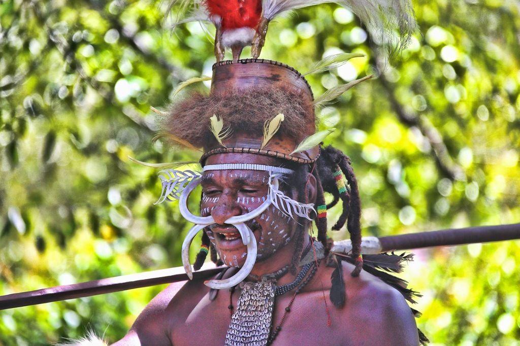 Папуа Новая Гвинея P29FR Люди