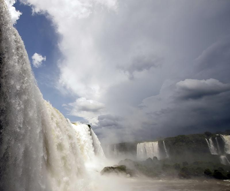 Парагвай Водопад Игуаса ZP5X