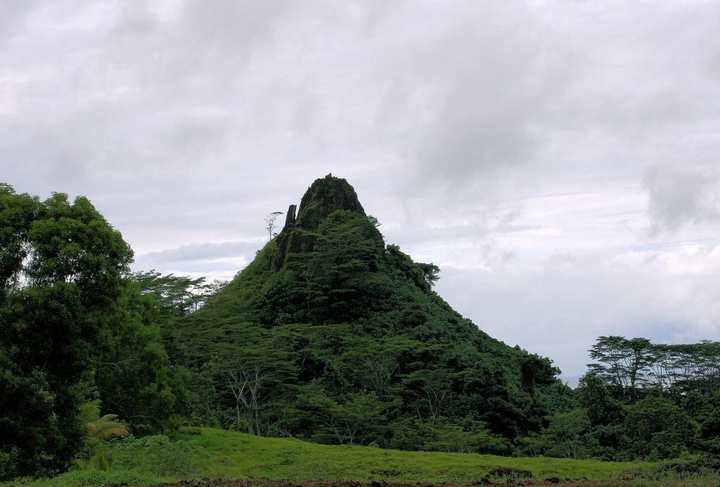 Pohnpei Island V63RR V63QQ