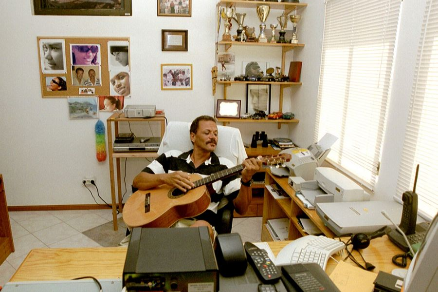 Pulu D44AC 2001 Guitar Mindelo Cabo Verde Cape Verde