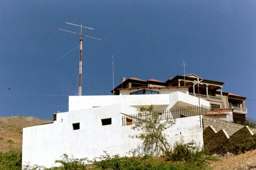 Pulu D44AC 2001 House Mindelo Cabo Verde Cape Verde
