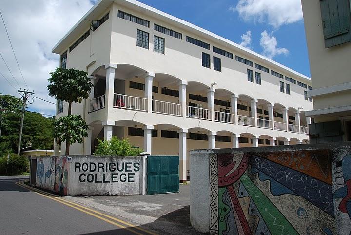 Rodrigues Island DX News 3B9/SP2FUD