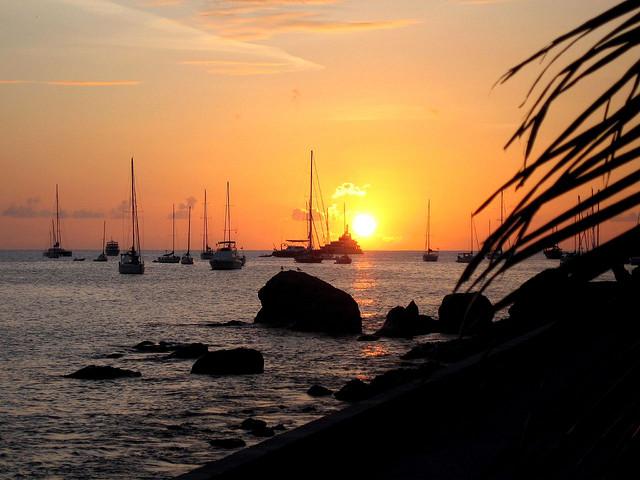 Остров Сен Бартелеми FJ/VA3RA Остров Святого Варфоломея