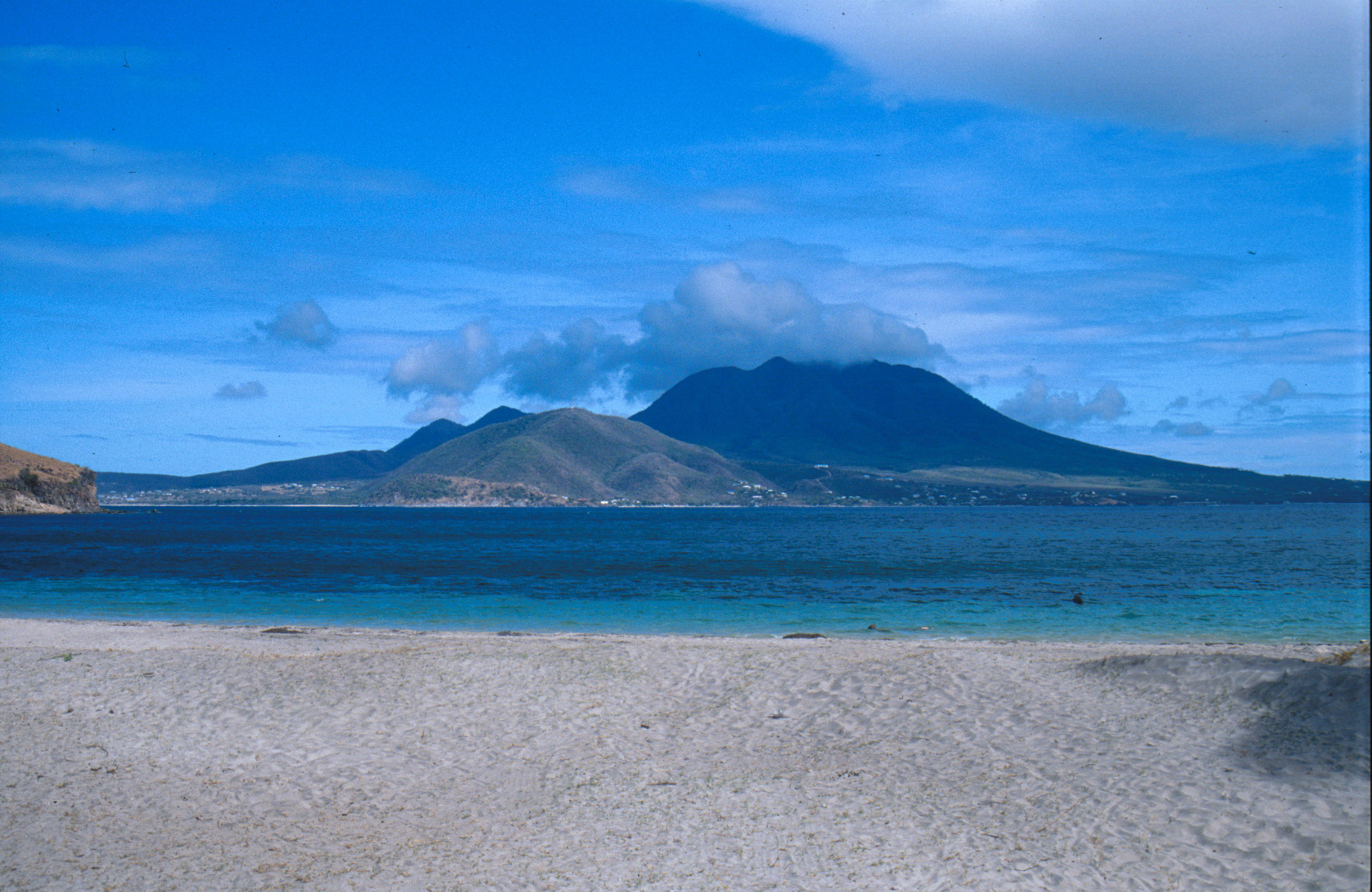 Острова Сент Киттс и Невис V47NT