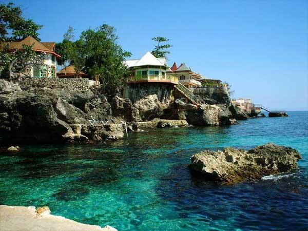 Saint Martin Island FS/G3SXW DX News