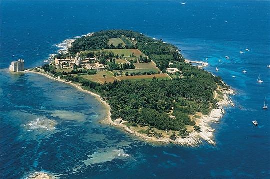 Sainte Marguerite Island F/IZ4BBF DX News