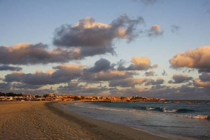 Sal Island Cabo Verde DX News D44TBE