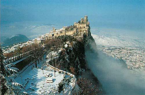 San Marino T70A