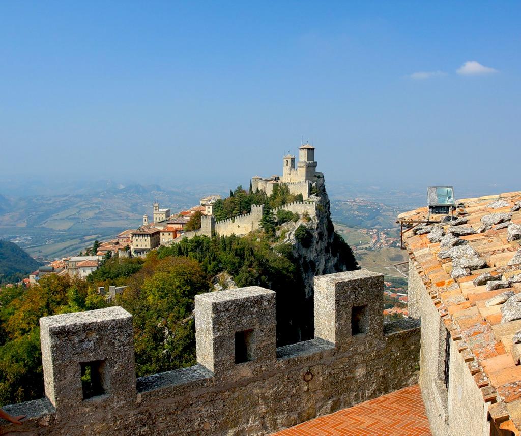 San Marino T70A 9A3A CQ WW DX CW Contest 2011