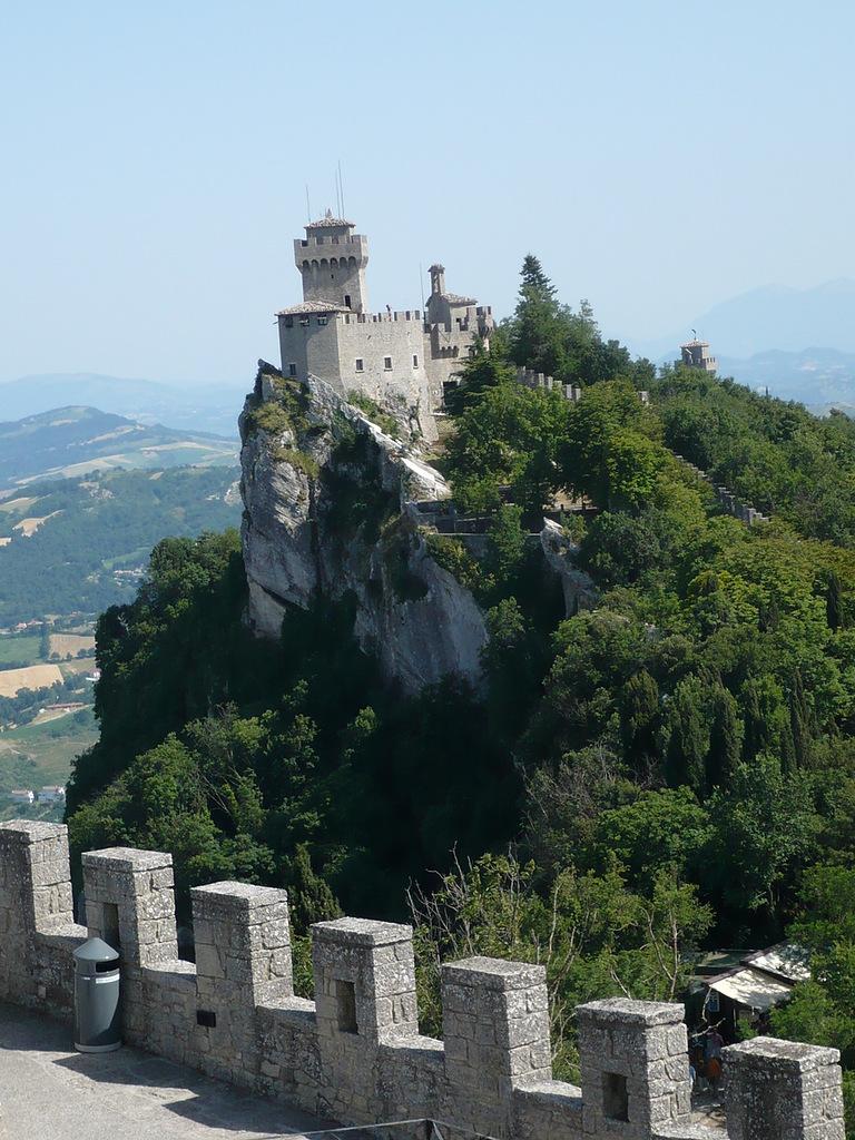 San Marino T77NM