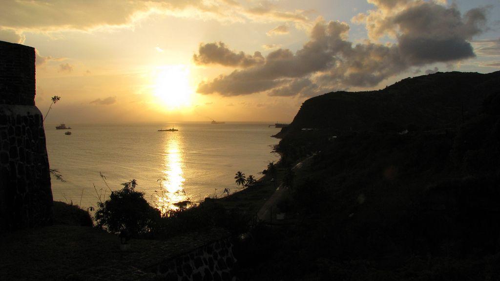 Sint Eustatius Island PJ5W