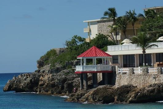 Sint Maarten Island PJ7/N7QT PJ7/W4VAB