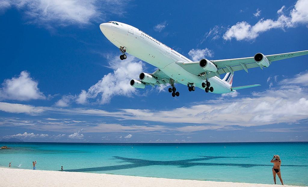 Sint Maarten Island PJ7W