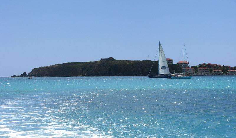 Sint Maarten PJ7I