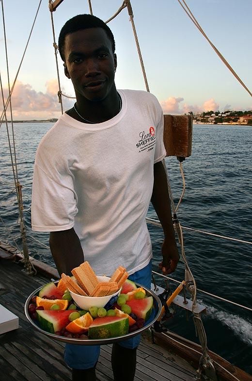 Sint Maarten PJ7ROJ DX News