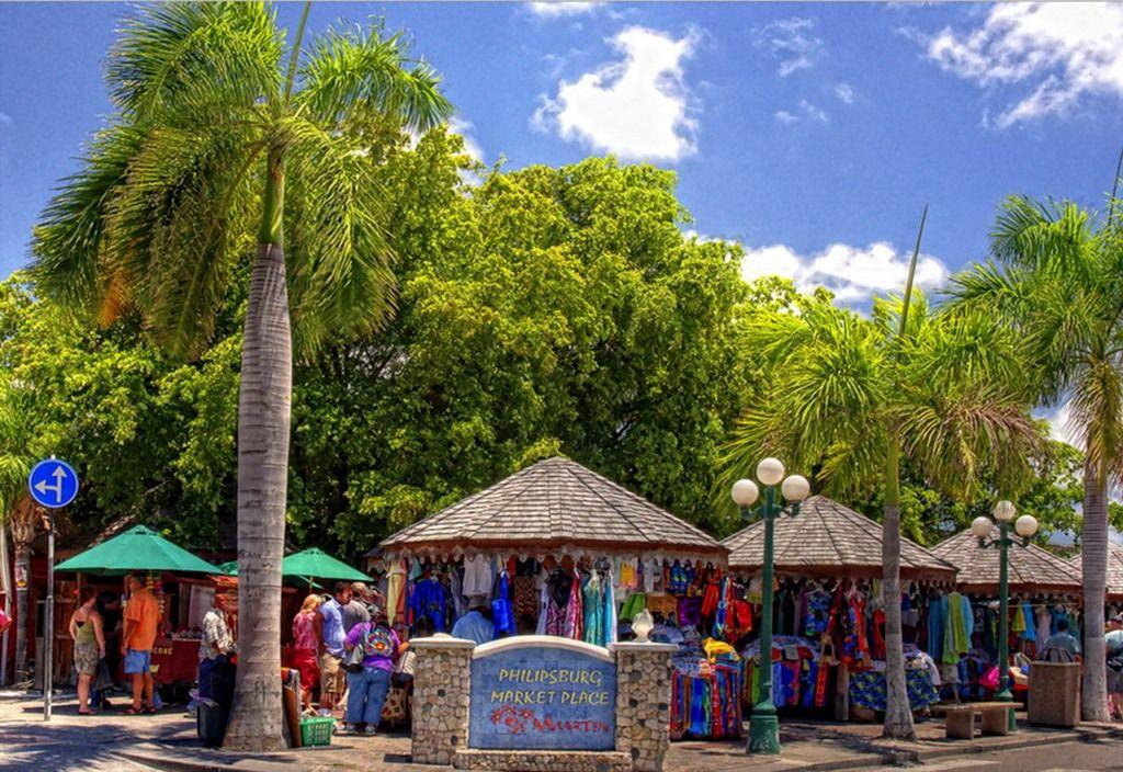 Sint Maarten PJ7RV DX News