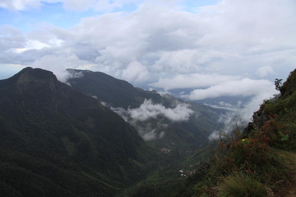 Шри Ланка 4S7KKG DX Новости 2012