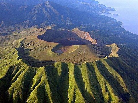 Сент Винсент и Гренадины J8/N2IEN Вулкан