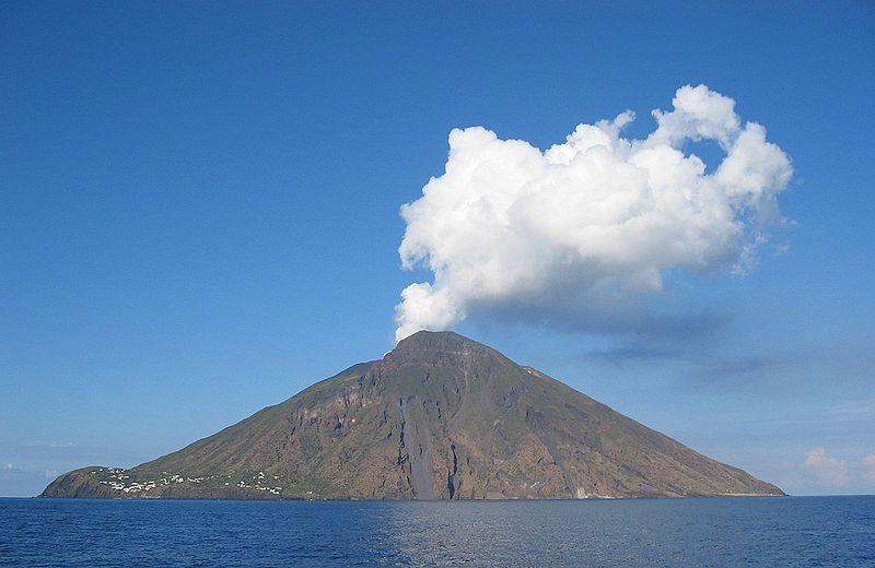 Stromboli Island ID9/IK8YFU