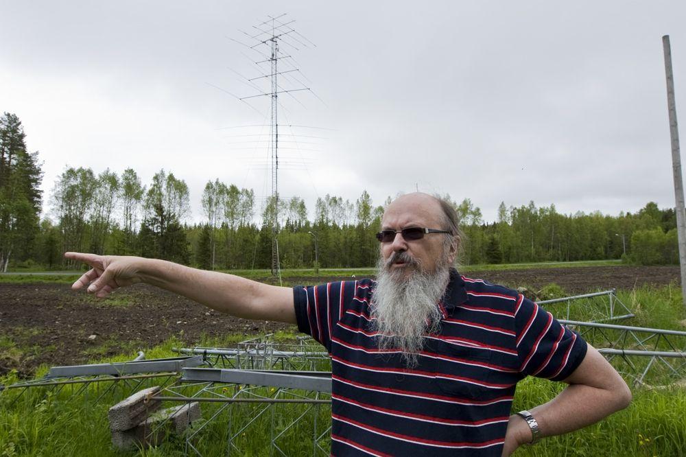 Sweden SM2DMU Around his property
