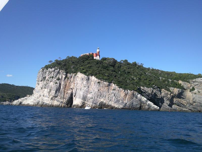 Остров Тино IP1T Италия