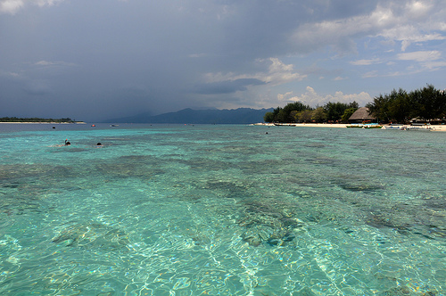 Trawangan Island YB9IOTA DX News