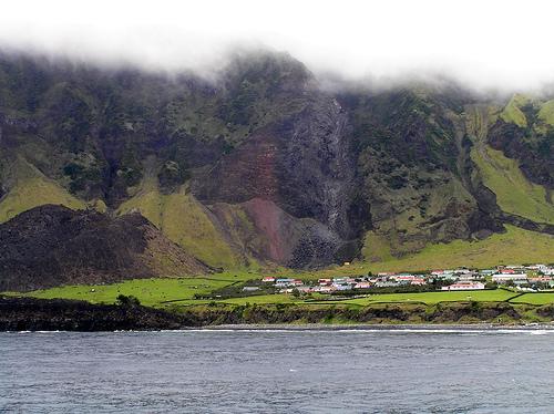 Tristan da Cunha Island DX News ZD9T