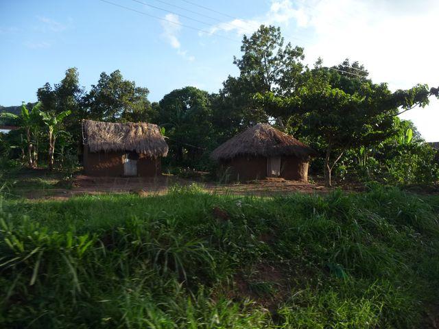 Уганда 5X1RO 14