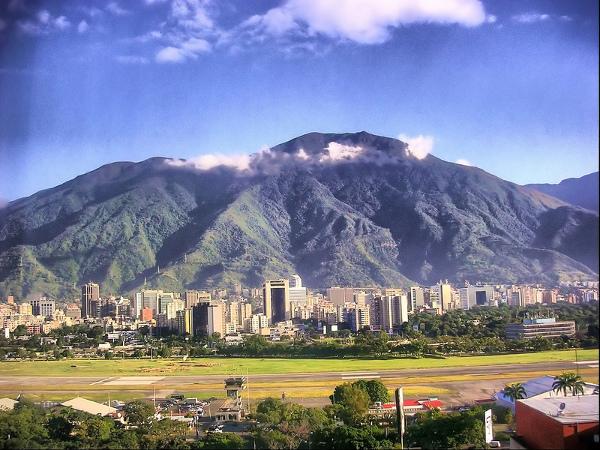 Venezuela YV5/AC4LN DX News