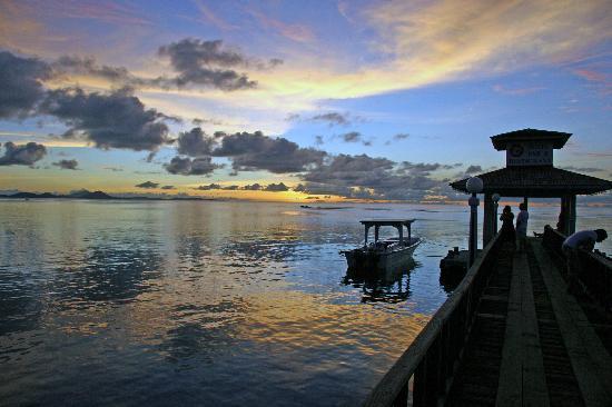Остров Вено Острова Чуук V63AAZ V63BAC Гостиница Truk Stop Hotel