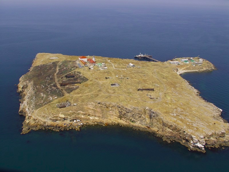 Zmeinyi Island UT9IO/P