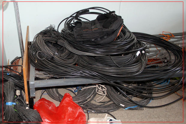 CQ WW DX 2008  Cables and accessories EY8MM