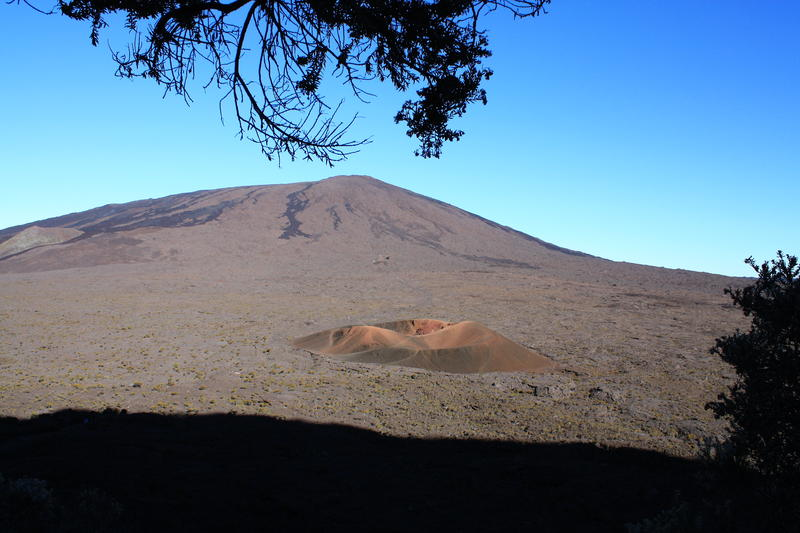 Volcano Furnace Reunion Island TO1PF 2013
