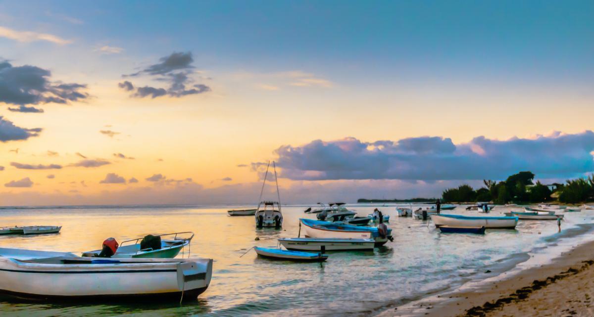 3B8/OK2ZI La Preneuse, Mauritius Island. DX News