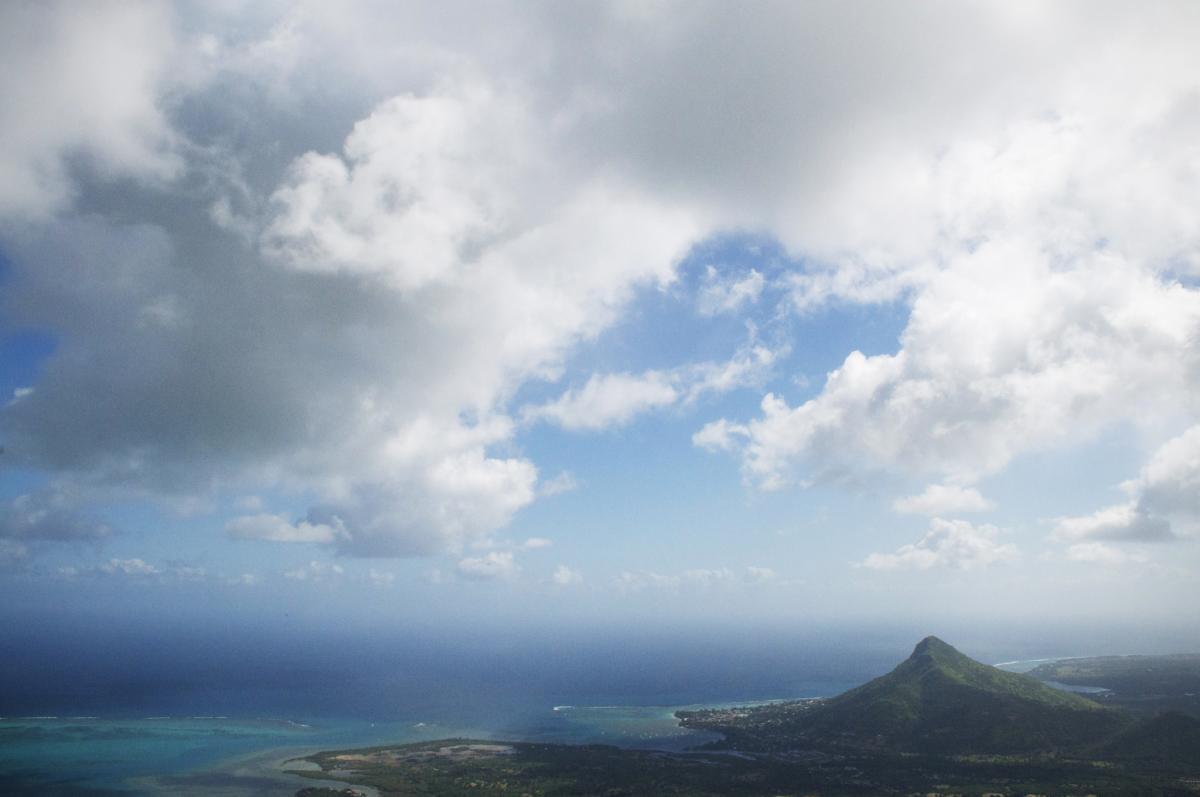 3B8/PA3HGT Mauritius Island DX News