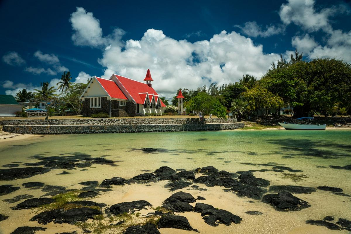 3B8XF Cap Malheureux, Mauritius Island. DX News.