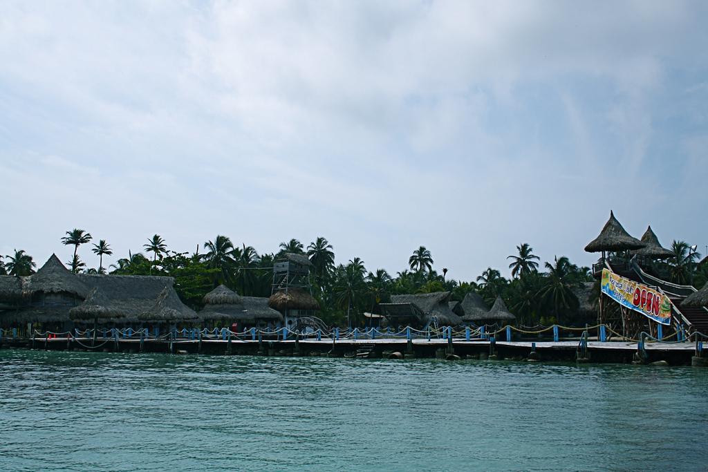 5K1B Остров Мукура Архипелаг Сан Бернардо Туристические достопримечательности