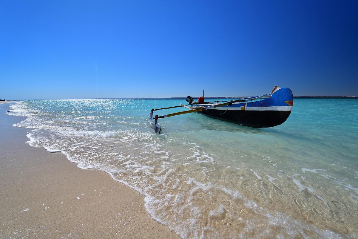 5R8UM Остров Нуси Бе, Мадагаскар