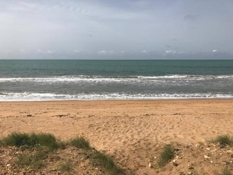 5V7P Togo News 24 April 2017 Image 9 Beach with waves