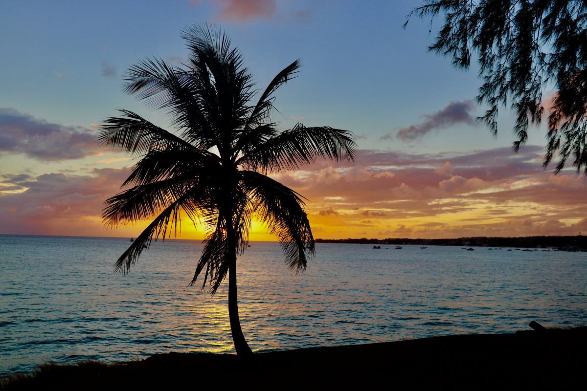 8P5A Sunset, Enterprise Beach, Barbados.