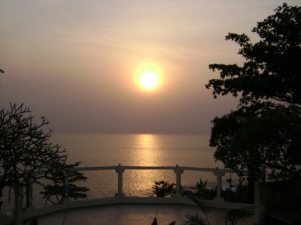 9L1YXJ 9L/KW4XJ Cape Sierra, Freetown, Sierra Leone. Tourist attractions spot