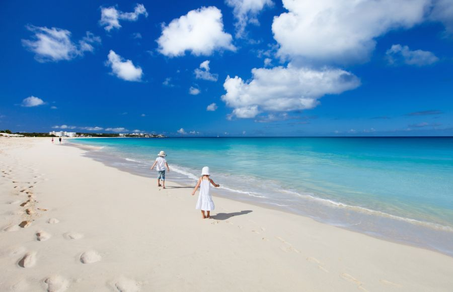 Anguilla Island VP2ELY Tourist attractions spot Beautiful tropical beach.