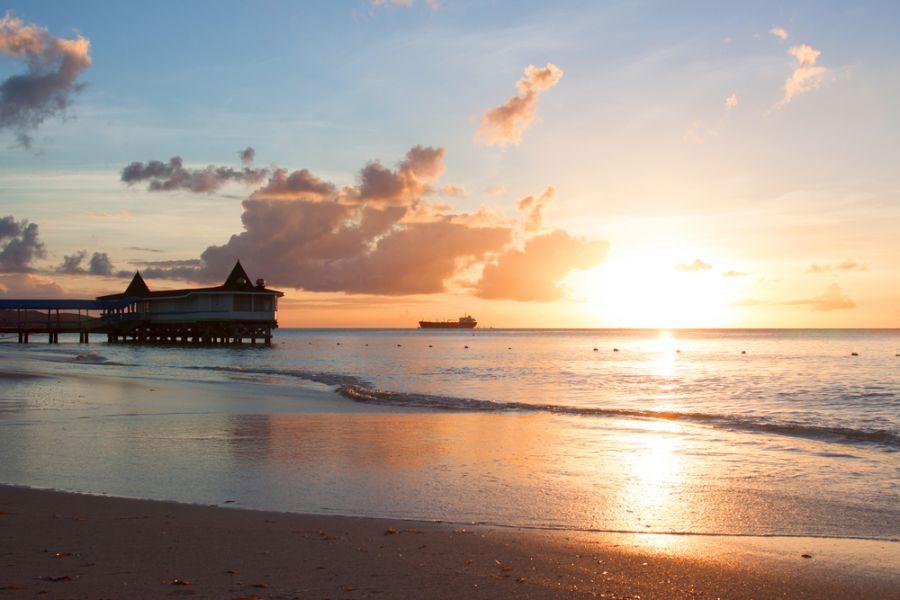 Antigua Island V25CNC Dickenson Bay