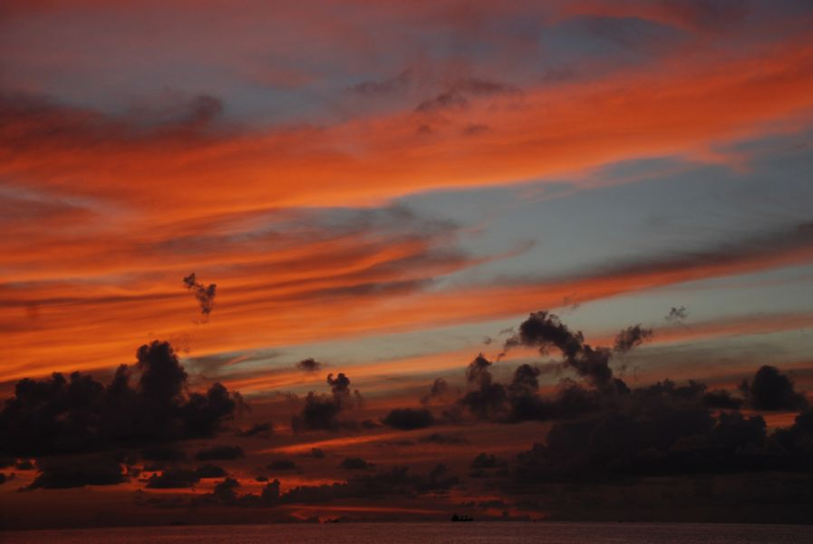 Antigua Island V25VYC DX News Blood red clouds.